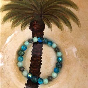 Jewelry - New with tags stretch bracelet